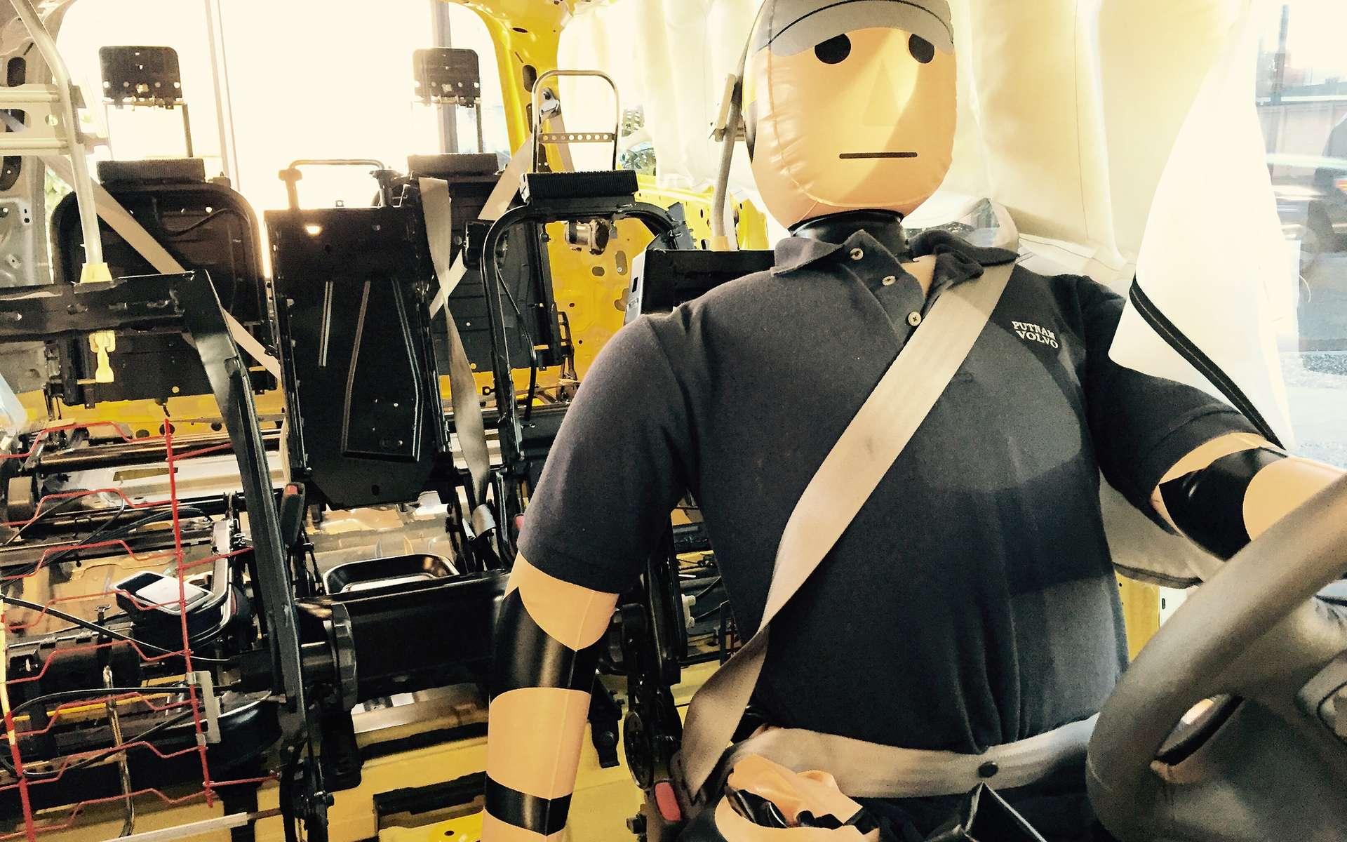 Dans les années à venir, des nanocomposites pourraient permettre d'augmenter la vitesse de transmission des informations par les capteurs des airbags qui équipent l'automobile, améliorant ainsi la protection du conducteur et des passagers. © Todd Lappin, Flickr, CC by-nc 2.0