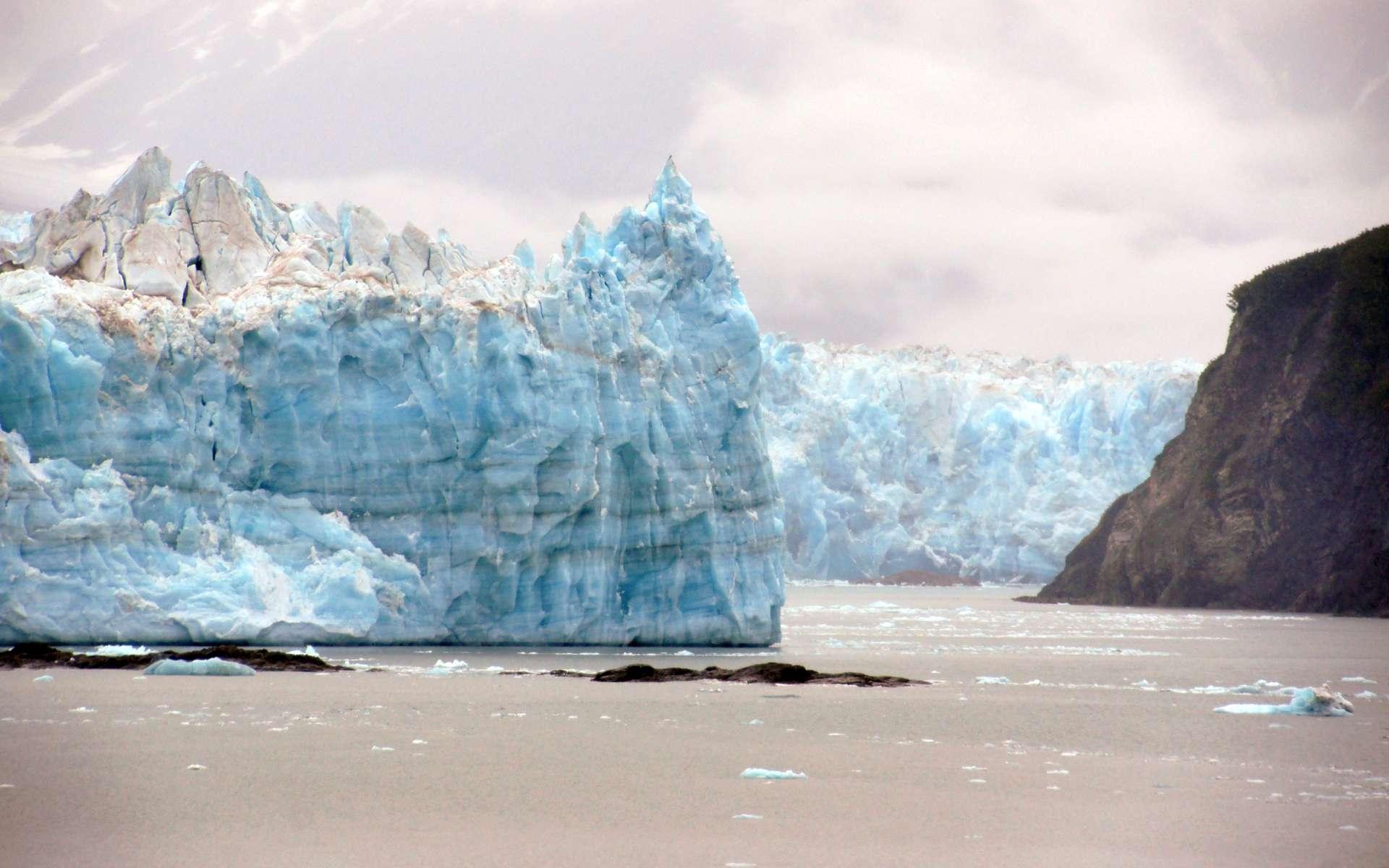 Le glacier Hubbard en Alaska. © Bernard Spragg. NZ