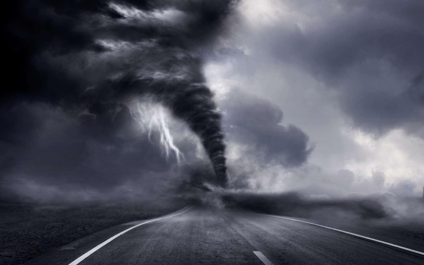Une tornade filmée au plus près grâce à un drone offre des images inédites. © releon8211, Fotolia