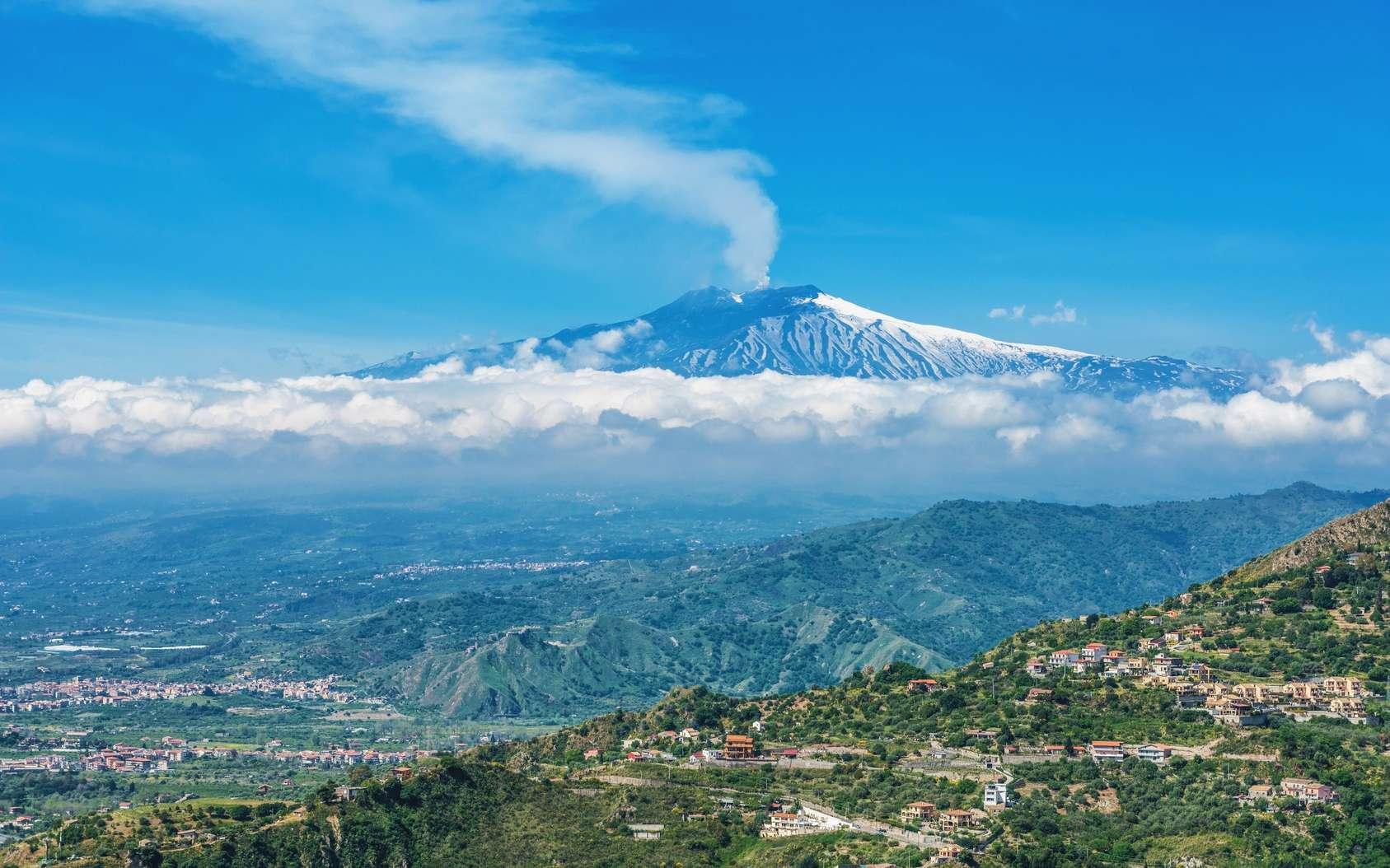 L'Etna est le plus haut et le plus actif des volcans d'Europe. © XtravaganT, Fotolia