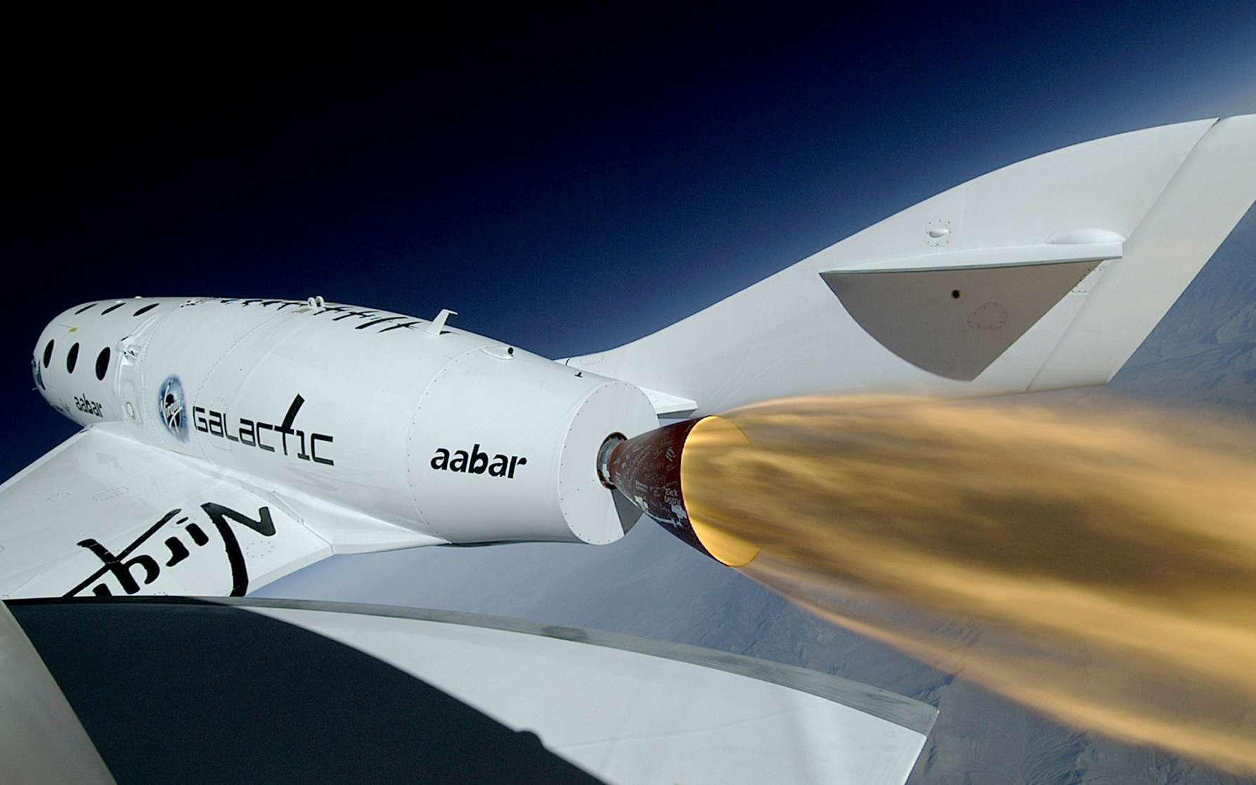 Le SS2 Unity de Virgin Galactic a amené le milliardaire britannique Richard Branson au-dessus de la frontière de l'espace reconnue par les États-Unis. Il est aujourd'hui cloué au sol le temps d'une enquête sur le respect des règles de sécurité durant ce vol. © Virgin Galactic