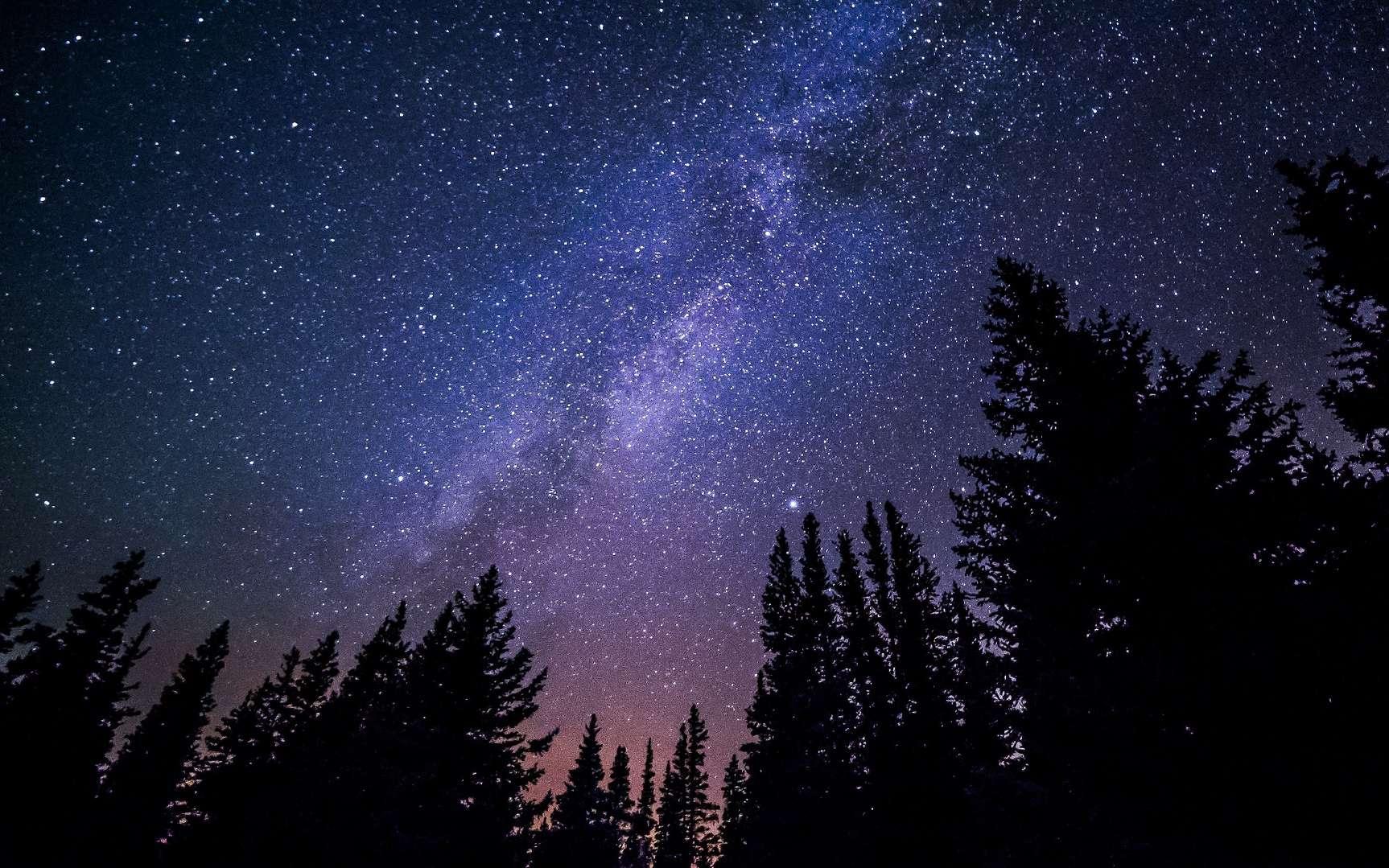 D'étranges signaux radio provenant d'une étoile proche ont été détectés. Ici, la Voie lactée. © Free-Photos, Pixabay, DP