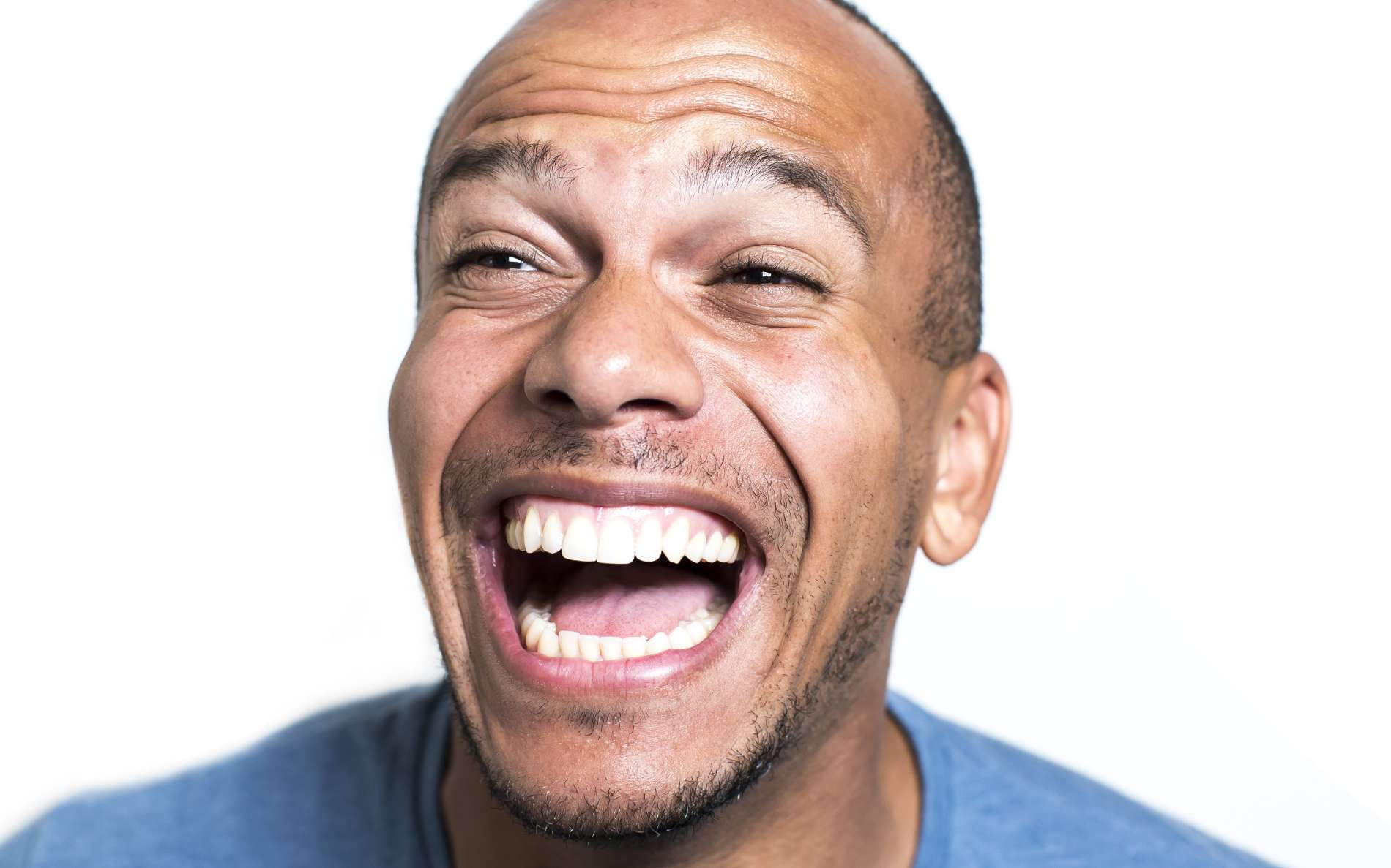 Pourquoi le gaz hilarant fait-il rire ? © icsnaps, Futura