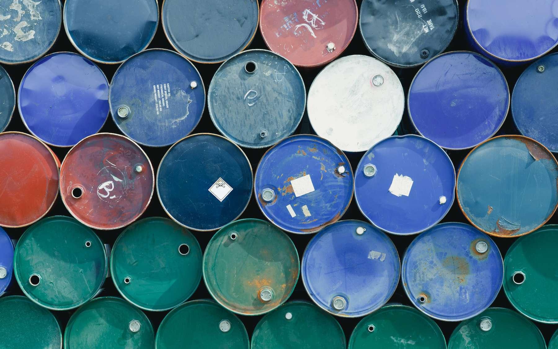 Les déchets qualifiés de spéciaux ou de dangereux sont ceux qui présentent un risque pour notre santé ou pour l'environnement. © itakdalee, Fotolia