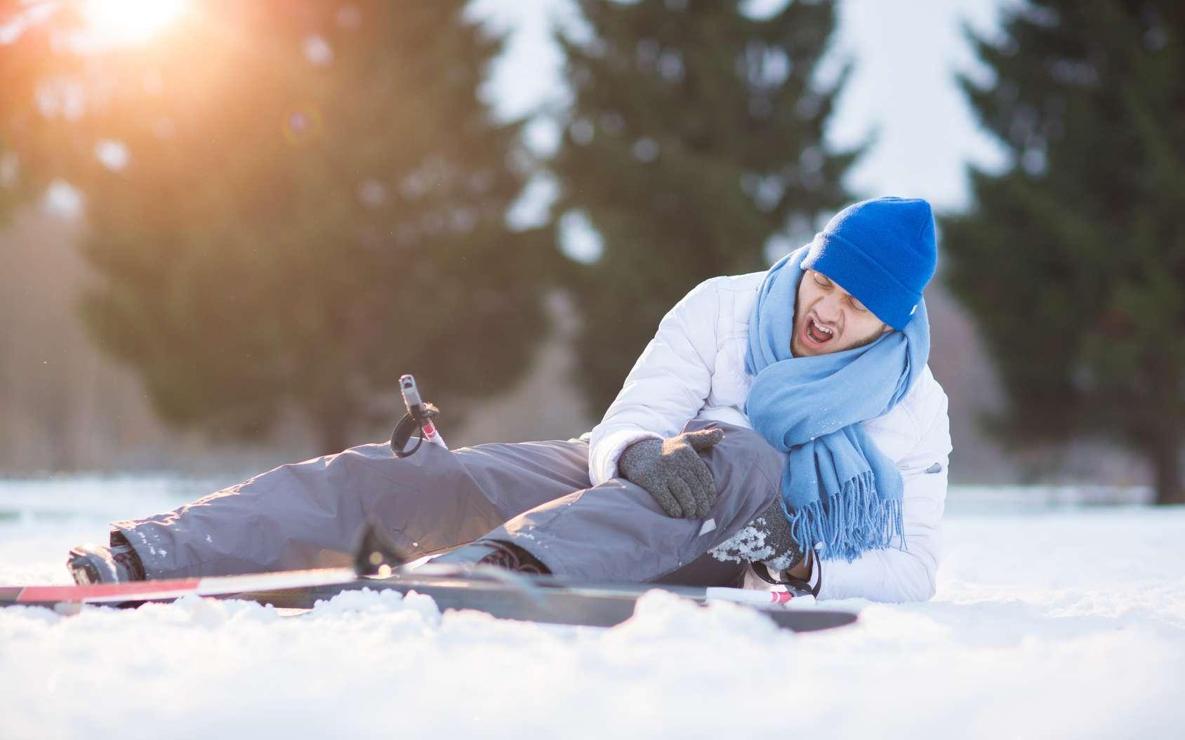 Les entorses du genou représentent 31 % des accidents en ski alpin. © pressmaster, Fotolia