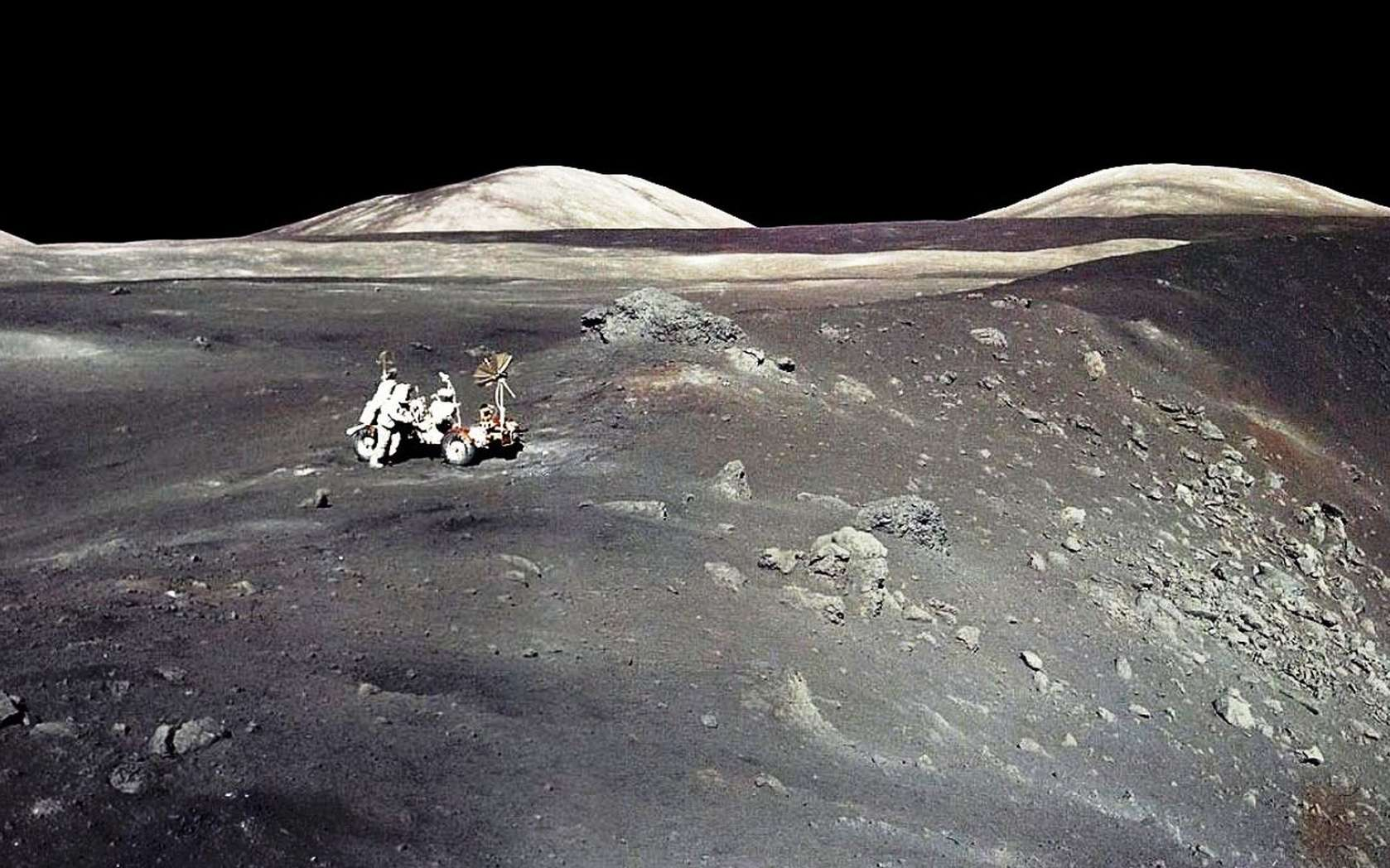 Une vue du cratère Shorty lors de la mission Apollo 17. © Nasa