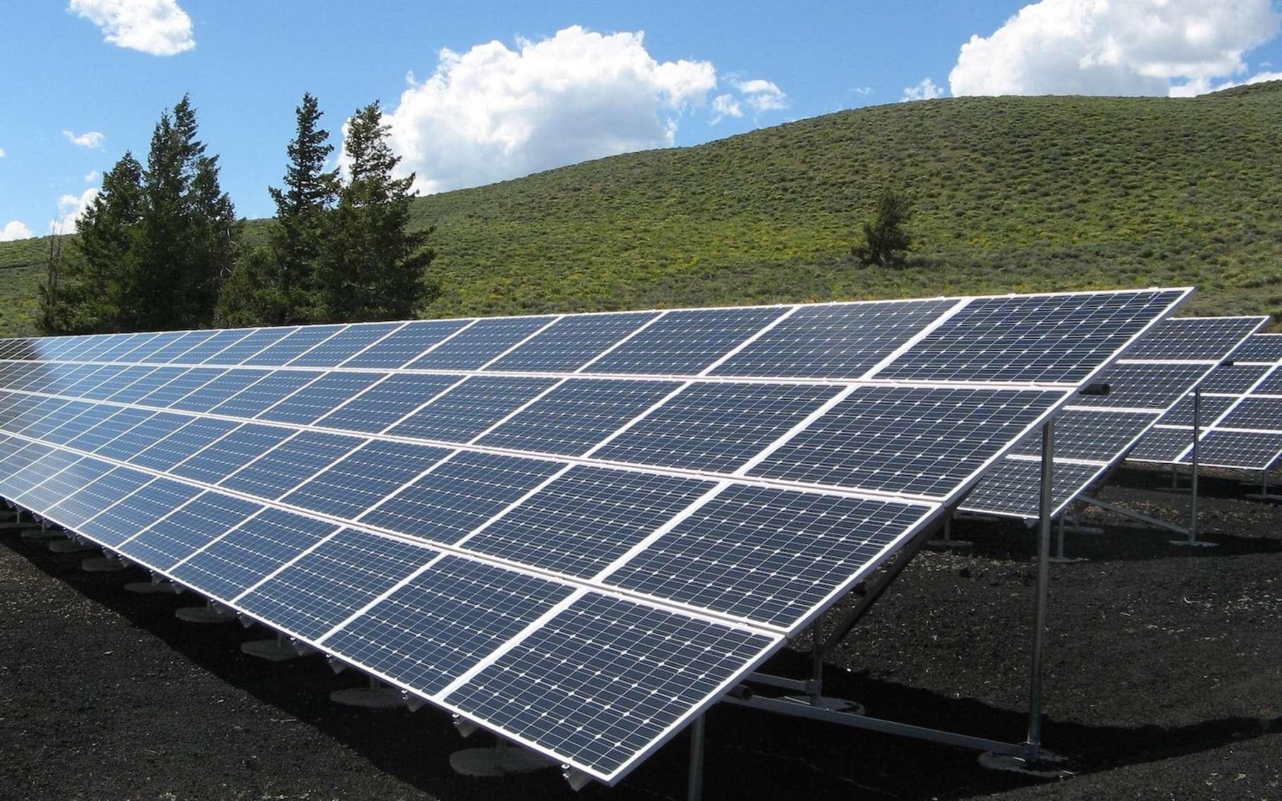 En 2018, les capacités de production d'énergie photovoltaïque ont progressé de quelque 20 % et en trente ans, les coûts ont été divisés par 1.000. Pour rester dans la course, la France mise aujourd'hui sur la recherche. © skeeze, Pixabay, CC0 Creative Commons