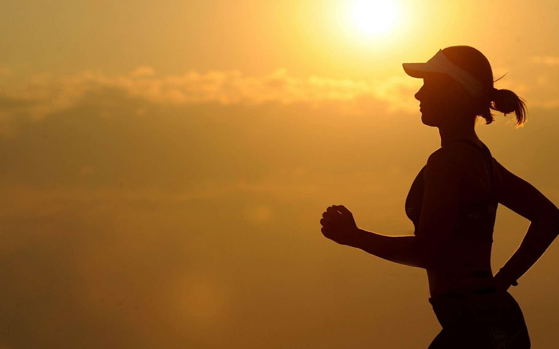 Chez les personnes souffrant d'hypertension, l'exercice physique serait aussi efficace à faire baisser la tension artérielle que les médicaments. © skeeze, Pixabay, CC0 Creative Commons