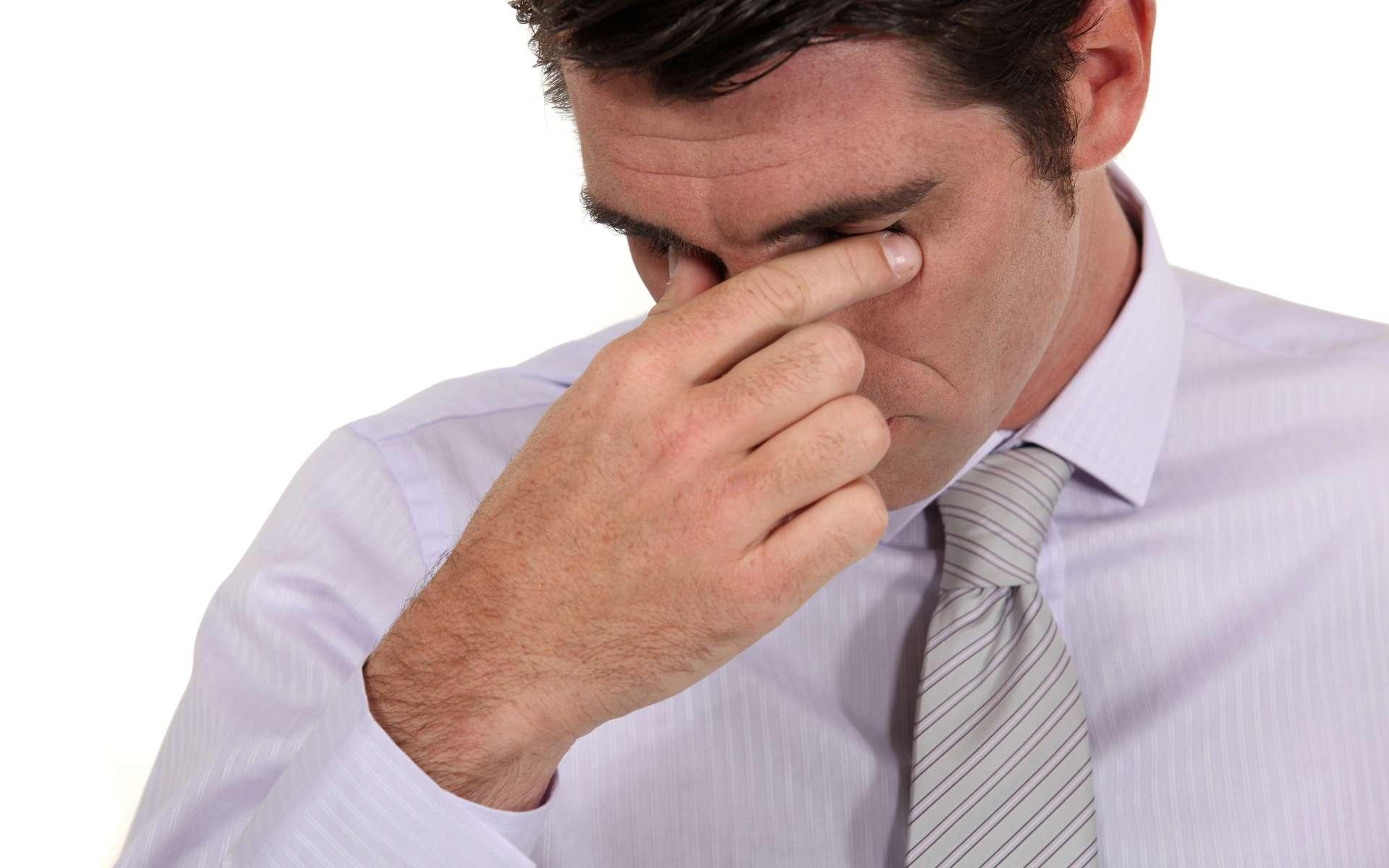 Les symptômes du syndrome post-éjaculatoire (SMPE) surviennent en moyenne entre 30 et 60 minutes après l'éjaculation. Ils seraient liés à une allergie au sperme. © Phovoir