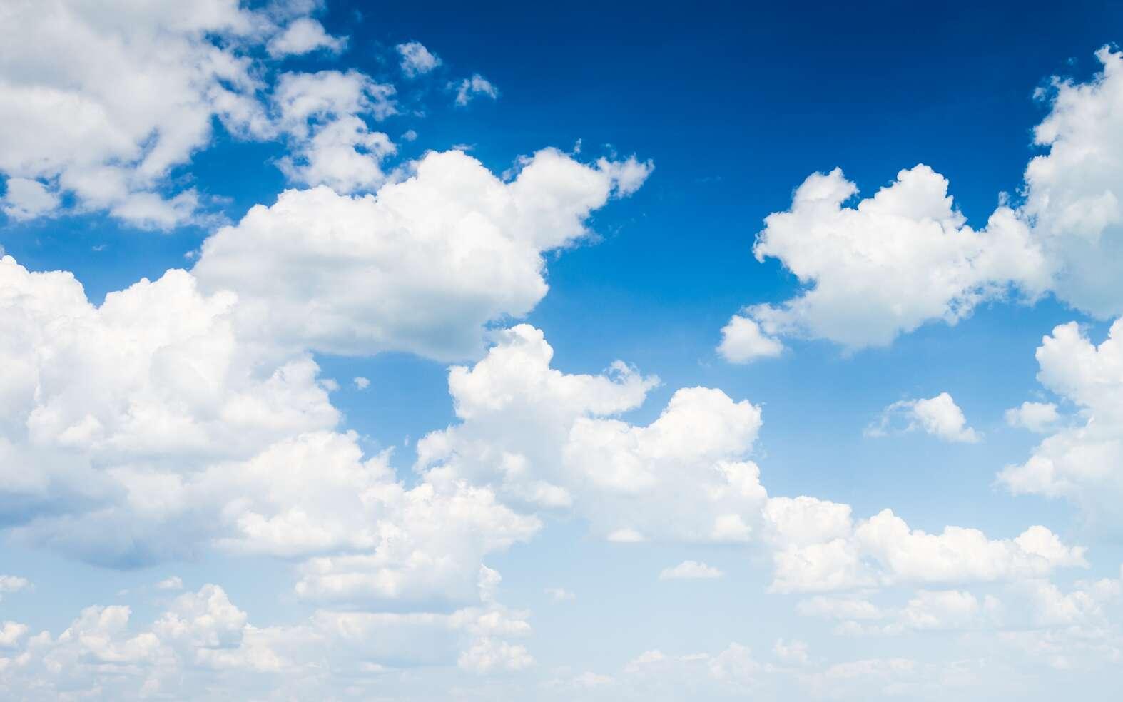 Tous les nuages n'annoncent pas forcément la pluie. © klagyivik, Fotolia
