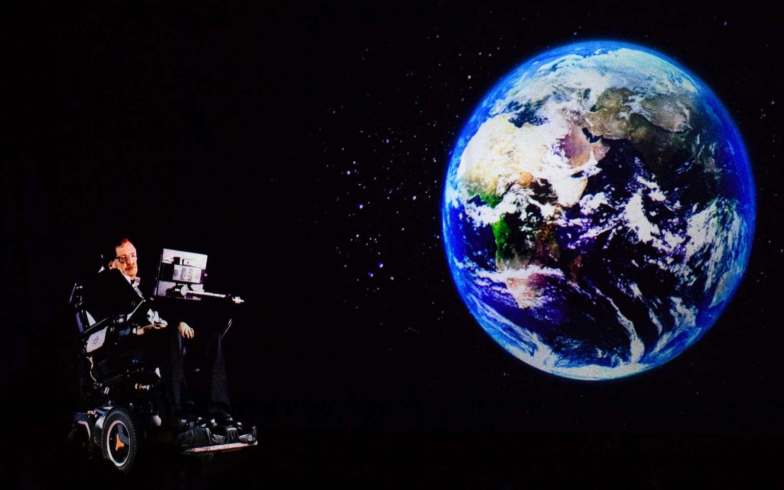 L'Agence spatiale européenne a été chargée d'envoyer l'enregistrement de la voix de Stephen Hawking dans le trou noir le plus proche de la Terre. Anthony Wallace / AFP