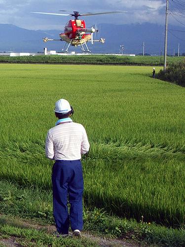 L'épandage aérien de pesticides sera bientôt interdit en Europe, sauf dérogation. © lschoen / Flickr - Licence <em>Creative Common (by-nc-sa 2.0)</em>