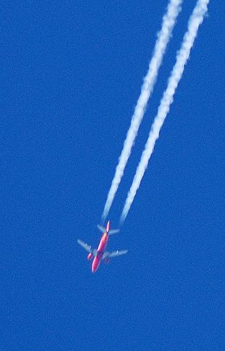 madblog quel est cet avion qui passe dans le ciel. Black Bedroom Furniture Sets. Home Design Ideas
