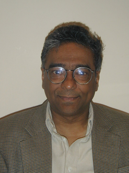 Abhay Ashtekar. Crédit : <em>Kavli Institute</em>