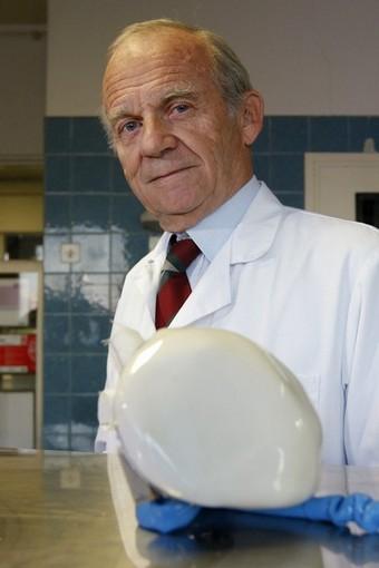 Alain F. Carpentier - carpentier-coeur-artificiel_bababardwan_03