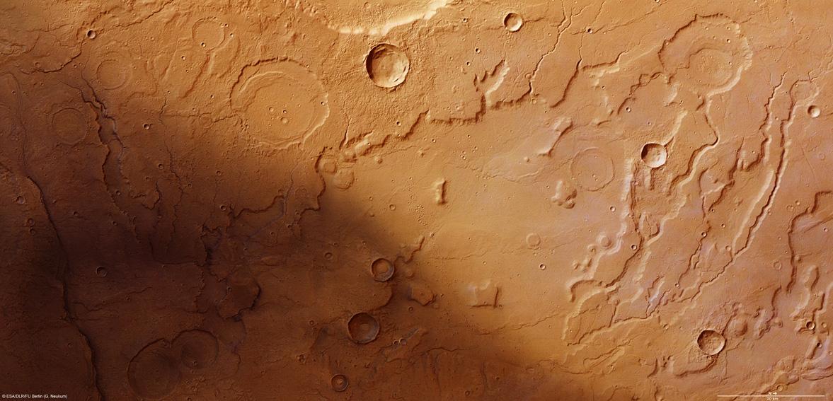 Acidalia Planitia, le Colorado martien Mars2_13