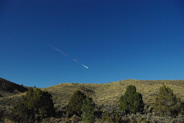 spectaculaire explosion d'une météorite au-dessus de la Californie Meteor