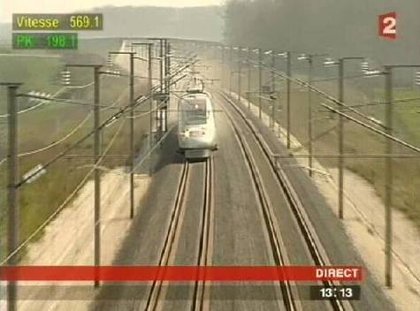 Le TGV passe les 550 V* Tgv-030407b