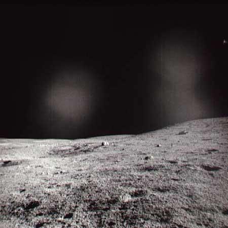 Un phénomène lumineux transitoire observé par l'équipage d'Apollo XIV  (Crédits : NASA)