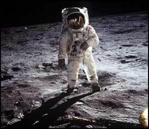 Apollo 11 : La NASA a égaré la Lune - Page 7 Nasa_2
