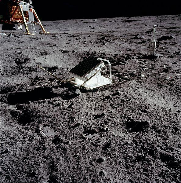 Les signes du temps retour sur la lune for Miroir sur la lune