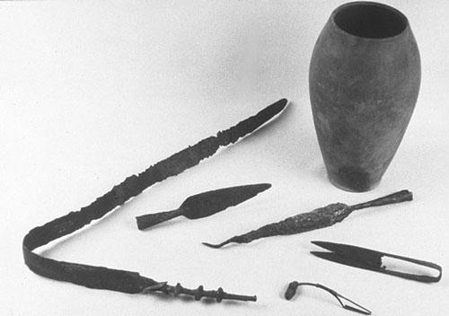 Mobilier de sépultures triboques (Schweighouse et Brumath, 1er s. av. JC) © Photo André Beauquel