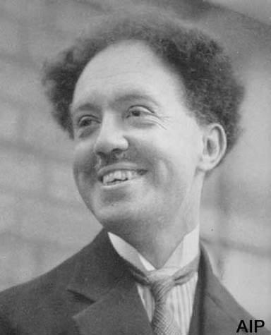 Louis De Broglie (Crédit : AIP).